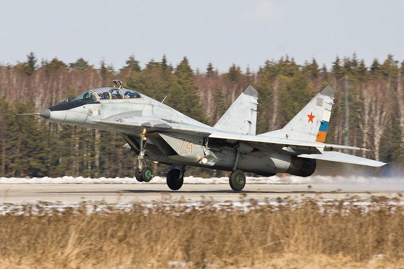 File:800px-Mig-29 on landing.jpg
