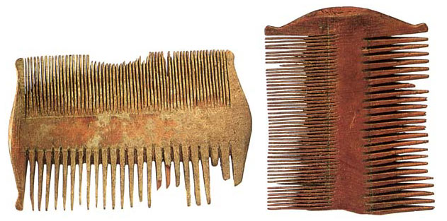 File:Combs.jpg
