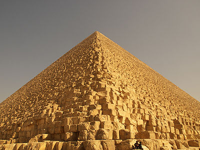 The Great Pyramid of Khufu is the largest of the three pyramids of Giza.