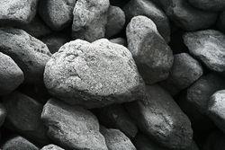 800px-Lump of coal pic.jpg