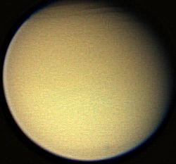 Titan Cassini 2006.jpg